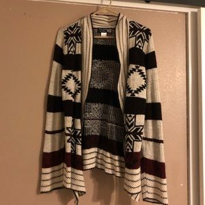 Alley & Gabby  large printed cardigan